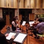 作曲家とアルメリア弦楽四重奏団(音響ハウス第一スタジオにて)